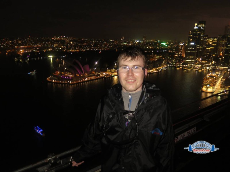 Sydney_harbour_Bridge_climb_top_opera_house
