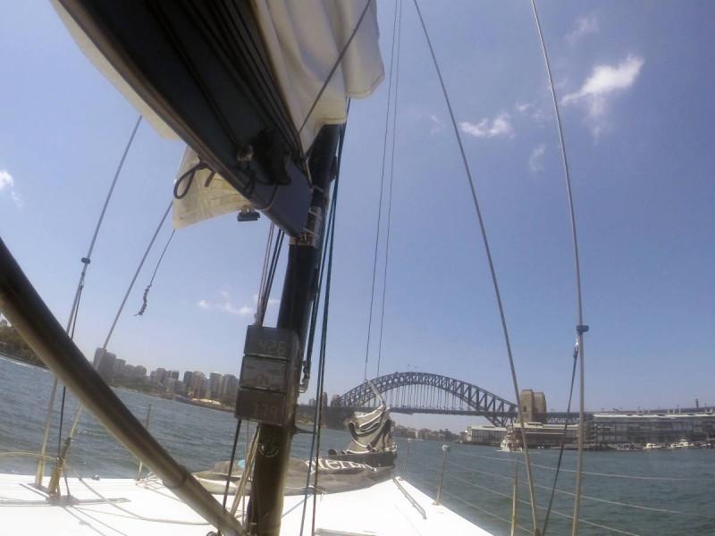 sailing sydney harbour americas cup harbour bridge